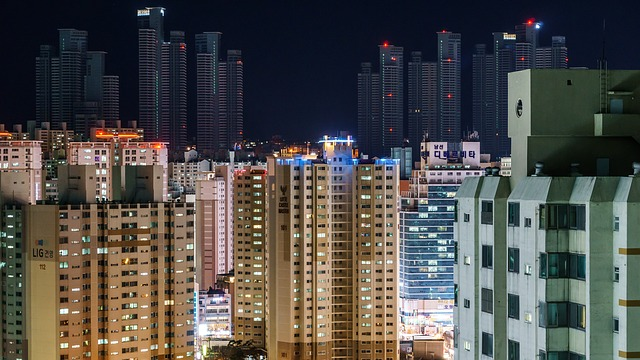 lot-buildings-at-night